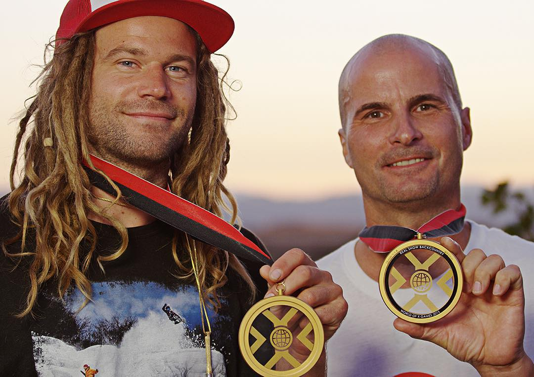 #RealSnowBackcountry Gold – @JohnJamun Silver – @kazukokubo Bronze – @gigiruef