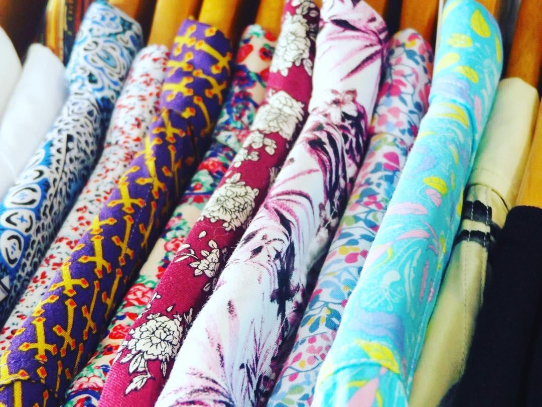Las camisanis de panza son muy pero muy livianas gracias a que sus fibras son extraídas de nubes cuidadosamente seleccionadas por personal sospechosamente calificado ... #dato