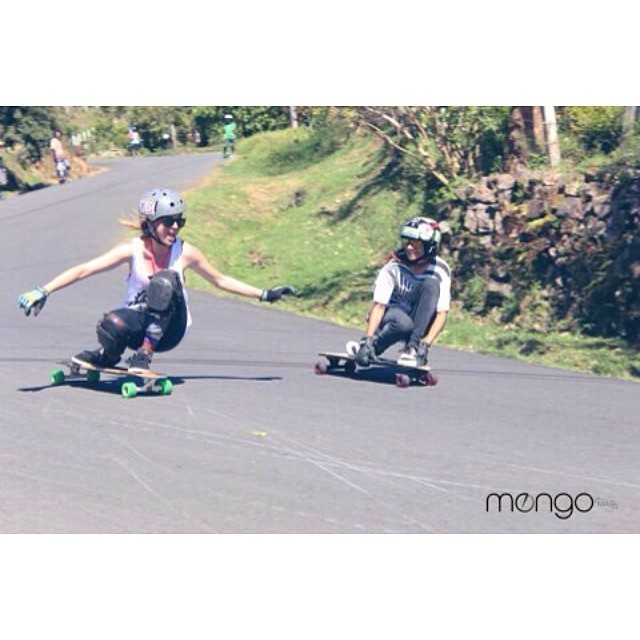 @albazambonmiau & Yiya Av having real fun. @mongomag photo #longboardgirlscrew #CostaRica