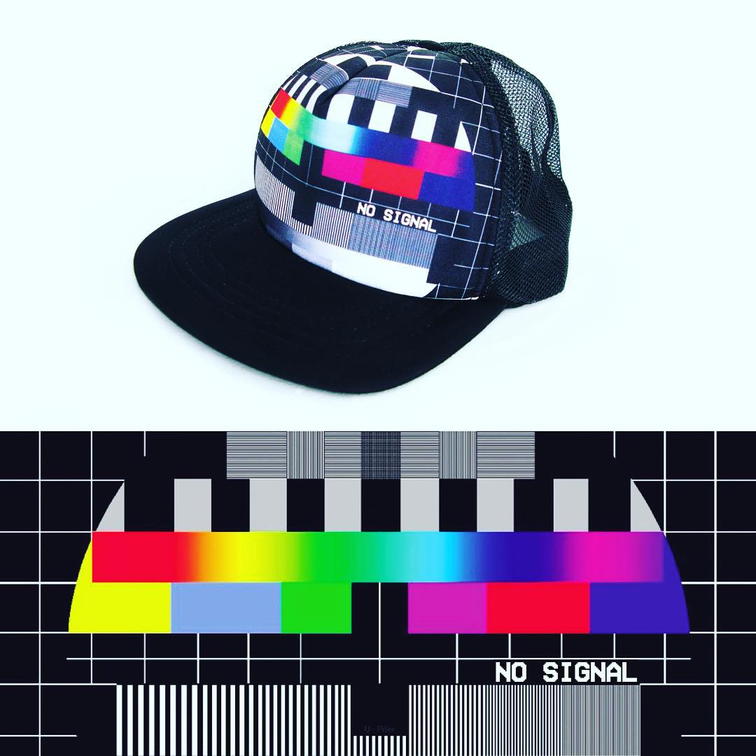 TRUCKER 8BIT - NO SIGNAL //// #trucker #gorra #cap #nosignal #design #tv #signal #fashion #cool #style