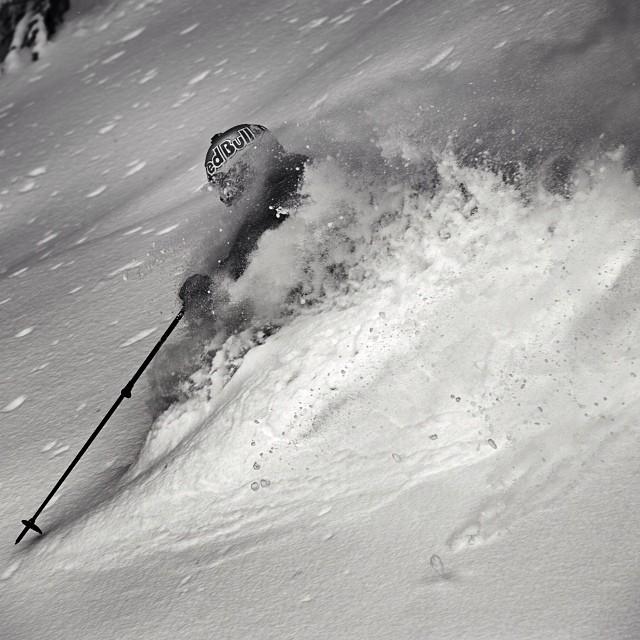 Powder play #henrikwindstedt #slipperyslope
