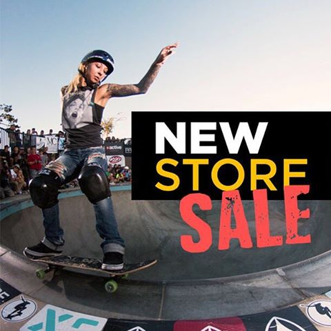 Check out our new online store for deals on new Exposure gear! This sale ends at midnight. Link in bio! Skater: @julzlovespoolz , original photo by @jakegrovephoto of @wheelbasemag