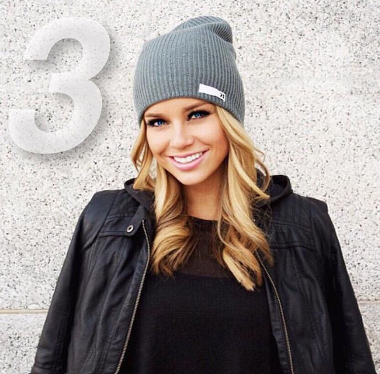 Get ready for Black Friday! Only 3 days left to our BIGGEST SALE all year! @hannah_cockrell sports the Stone Grey Beanie #Kameleonz #BlackFriday #Beanie #3Days
