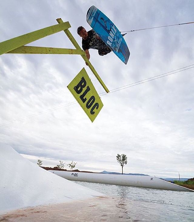 @_toddwatson Hand Plant! @blocwakepark @wakeboardingmag #ronix2016 #ohy #oneloveinwake #fortifiedwithlakevibes