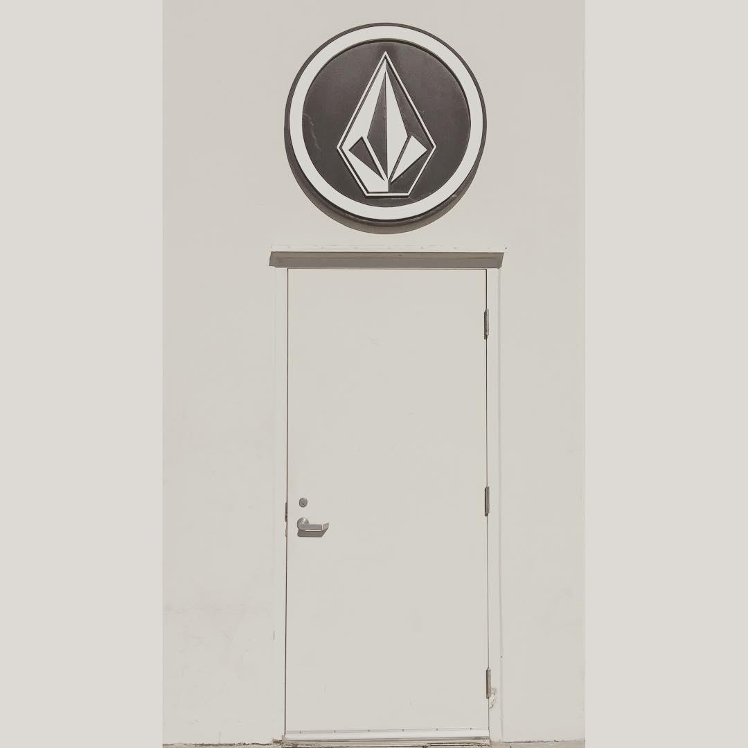 Estamos abiertos! Te esperamos #volcomstore #SS16 #truetothis
