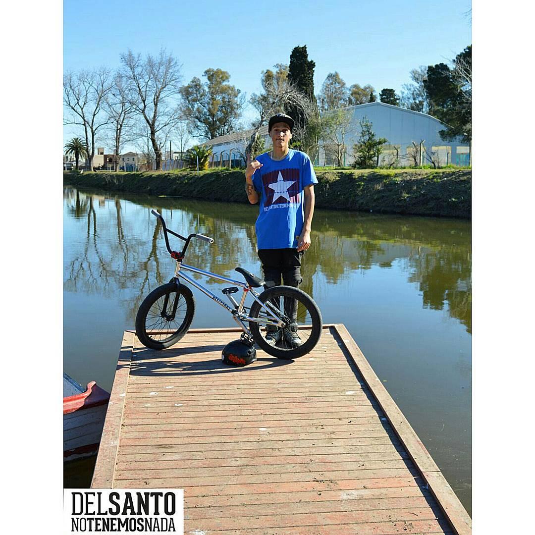 Nuestro nuevo rider @nicodelacosta #delsantoarg #bmx a pedirle con toda !