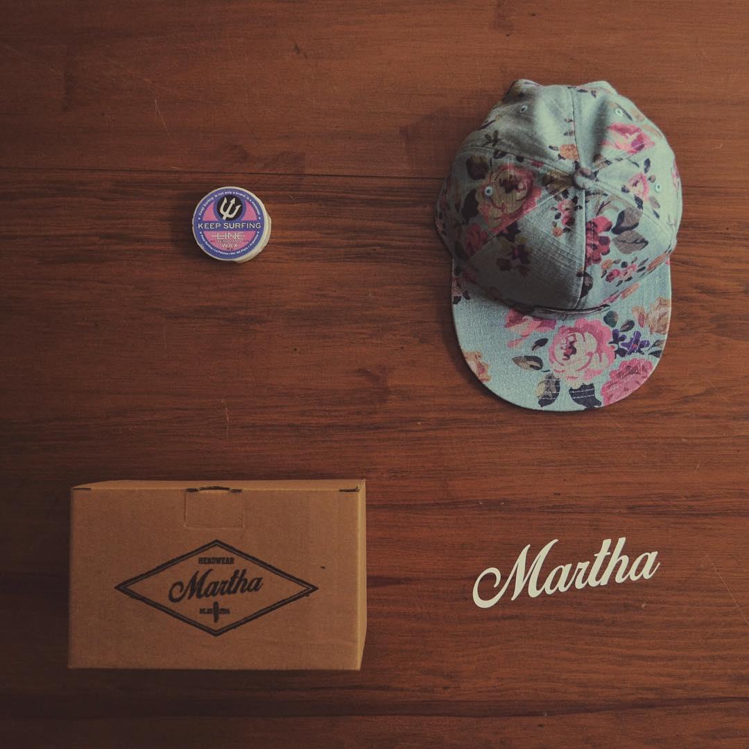Esenciales de Martha⚡️ Comprando cualquier Martha recibís: - Una parafina de nuestros amigos de @keepsurfingwax