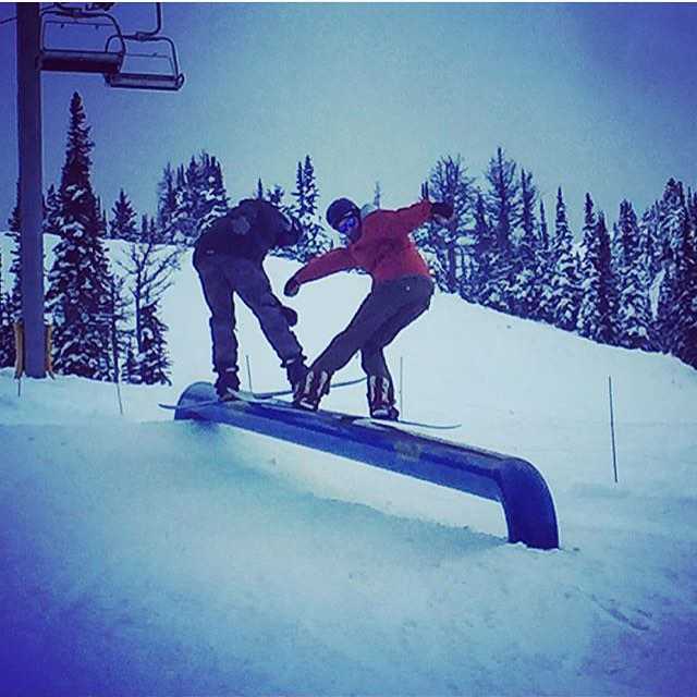 @justinbrisson with an early season doubles routine at @sunshinevillage. the snow is falling in the northern hemisphere once again...hope you're taking advantage