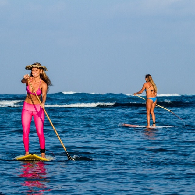 @alisonsadventures and @swellliving #paddling towards their #dreams! #rocking her #alisonsadventures all #pink #bikini and #yoga #pants from @teekigram and Donica is #loving our #new #azure #inthecurl #soft #butt #lettheAdventuresbegin #bikiniadventure...