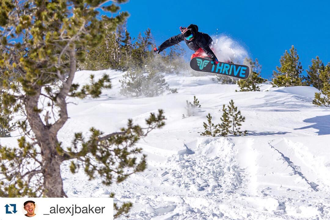#snowboarding #Tahoe #ilovesnow @_alexjbaker with @repostapp. ・・・ Gary Crombie @yrag247 getting some today up in the Mt Rose Wilderness. @thrivesnowboards #thrivesnowboards #mtrosewilderness #tamarackpeak #tamarack #powder #travelnevada #visittahoe...