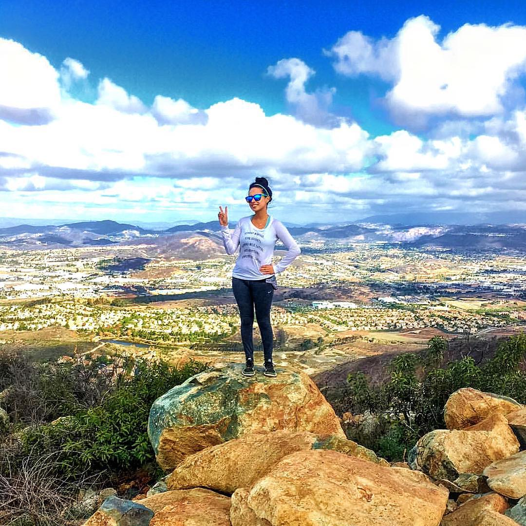 Just✌more days until Black Friday! @unparalleled_love hikes to top of this mountain wearing the Surf shades #Kameleonz #BlackFriday #2Days