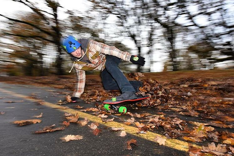 Team Rider @desgnarlais is not letting the wet fall day stop him from skating. Those leaves didn't stand a chance.