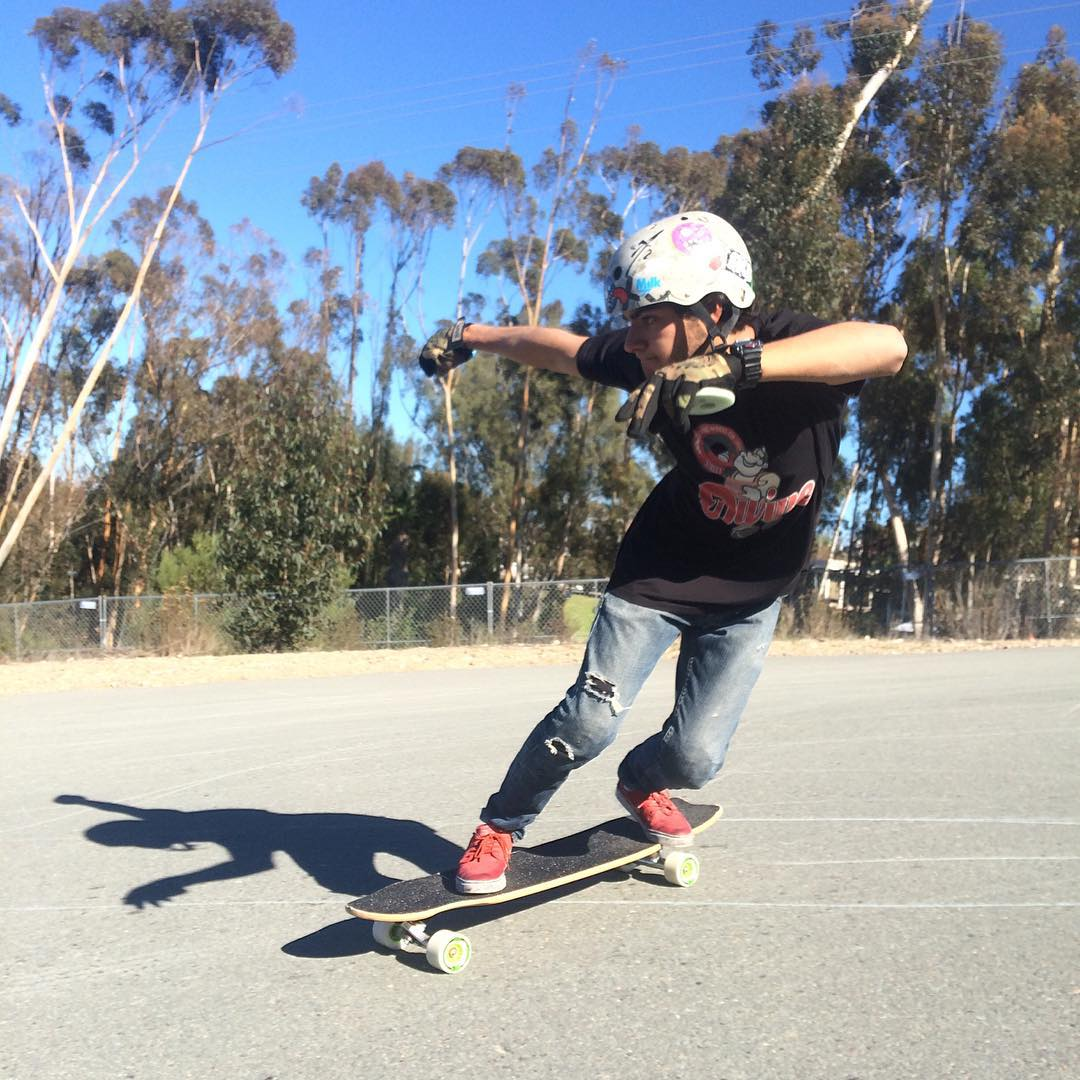 @mello_gustavo skating hard