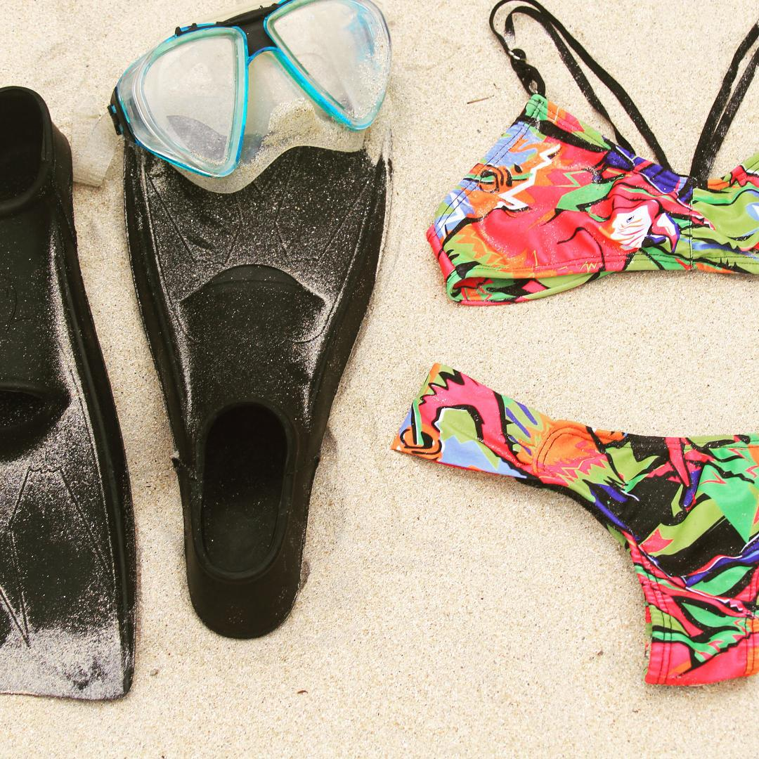 Travel essentials ~Kanaha bikini in Parrot Jungle Print ~ #katwai #bikini #summertime #snorkel