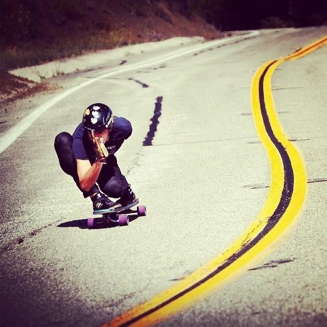 #arichamasmany #downhill #stylemaster #skateboarding #longboarding #skateeverything #s1helmets