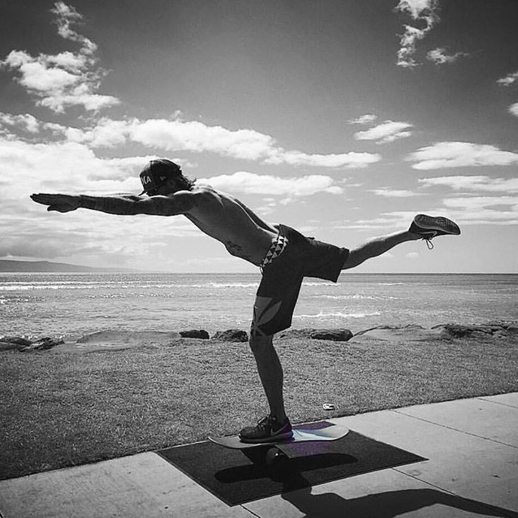Sunday morning beachside on the 101 - can't beat that #revbalance #findyourbalance #balanceboards #madeinusa