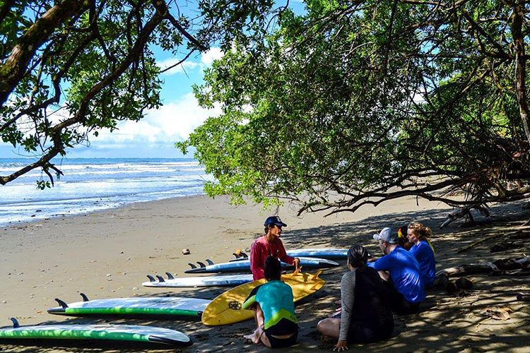 Bodhi Sessions first surf lesson // #SunshineSunday mornings at Marino Ballena National Park ☼
