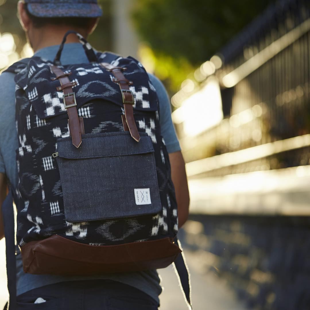 Hope Monday's rolling smoothly. Don't forget, you can still save 30% off backpacks. Use code SHOPSMALL15 at checkout. #cybermonday #cybermondaysale #backpack