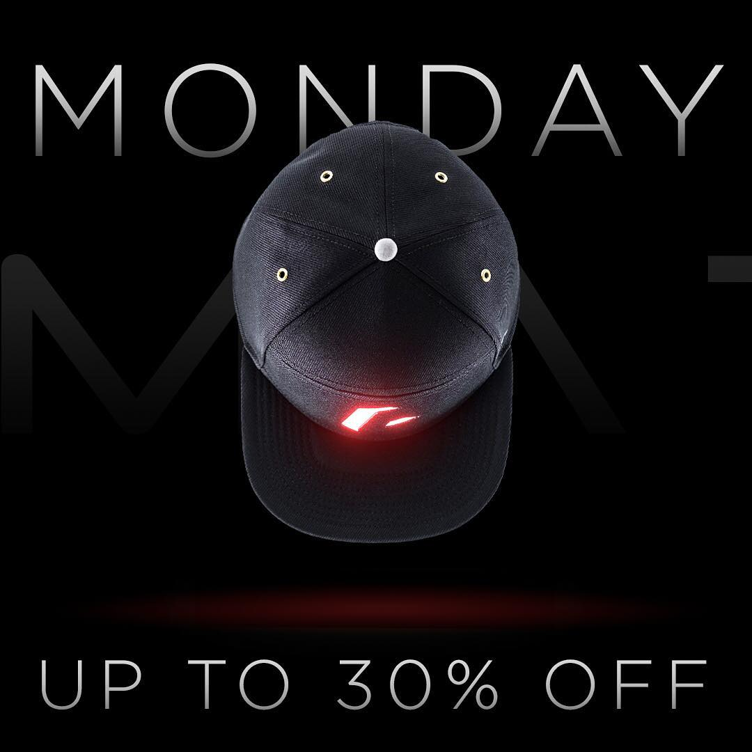 Cyber Monday is on! Up to 30% off on Lumativ.com. All deals end tonight! #lumativ #cybermonday #snapback #deals