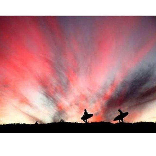 Horario de peregrinación #volcomsurf #Sunset #truetothis
