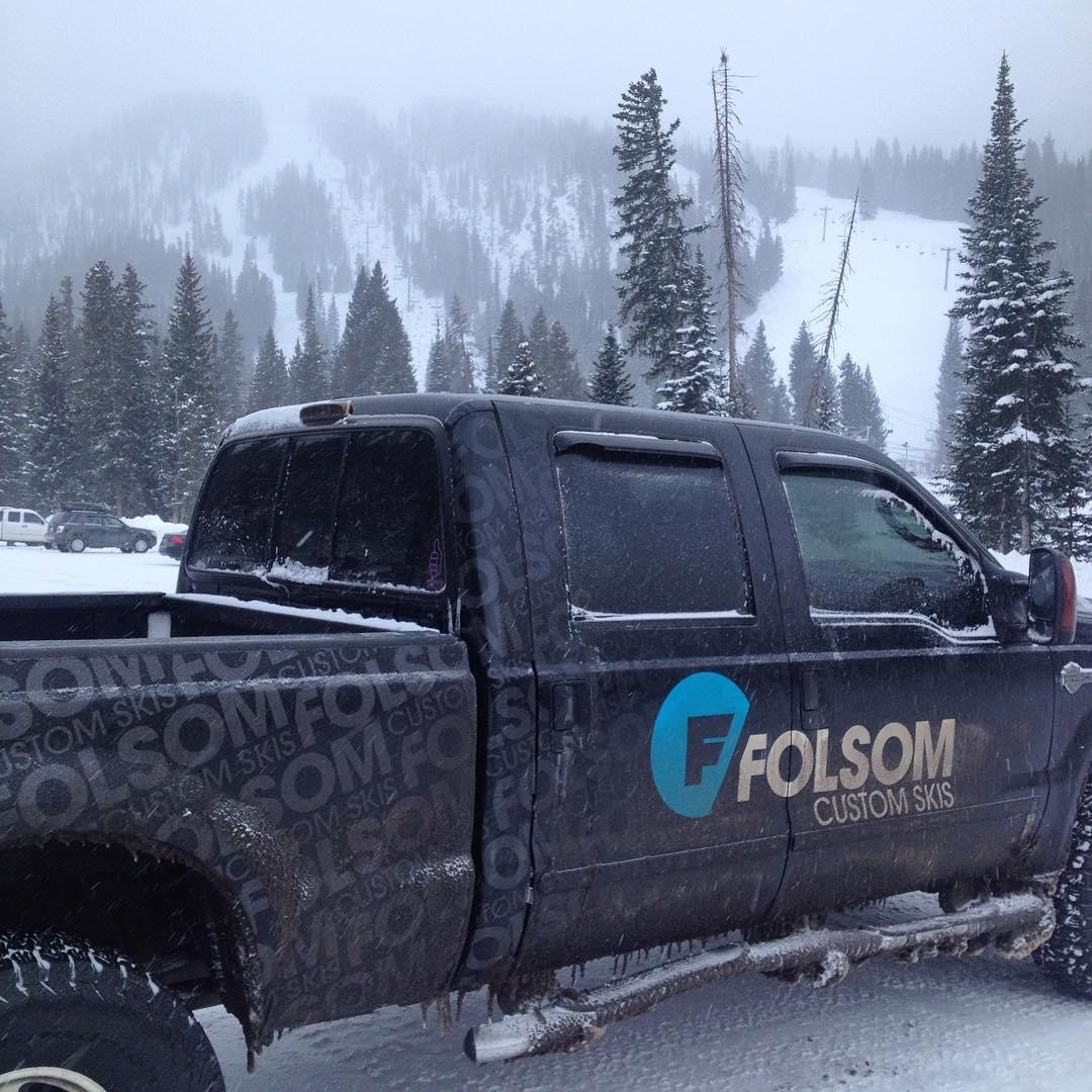 Winter wonderland up at @winterparkresort today! #maryjane #powdersinthetrees #mondayfunday