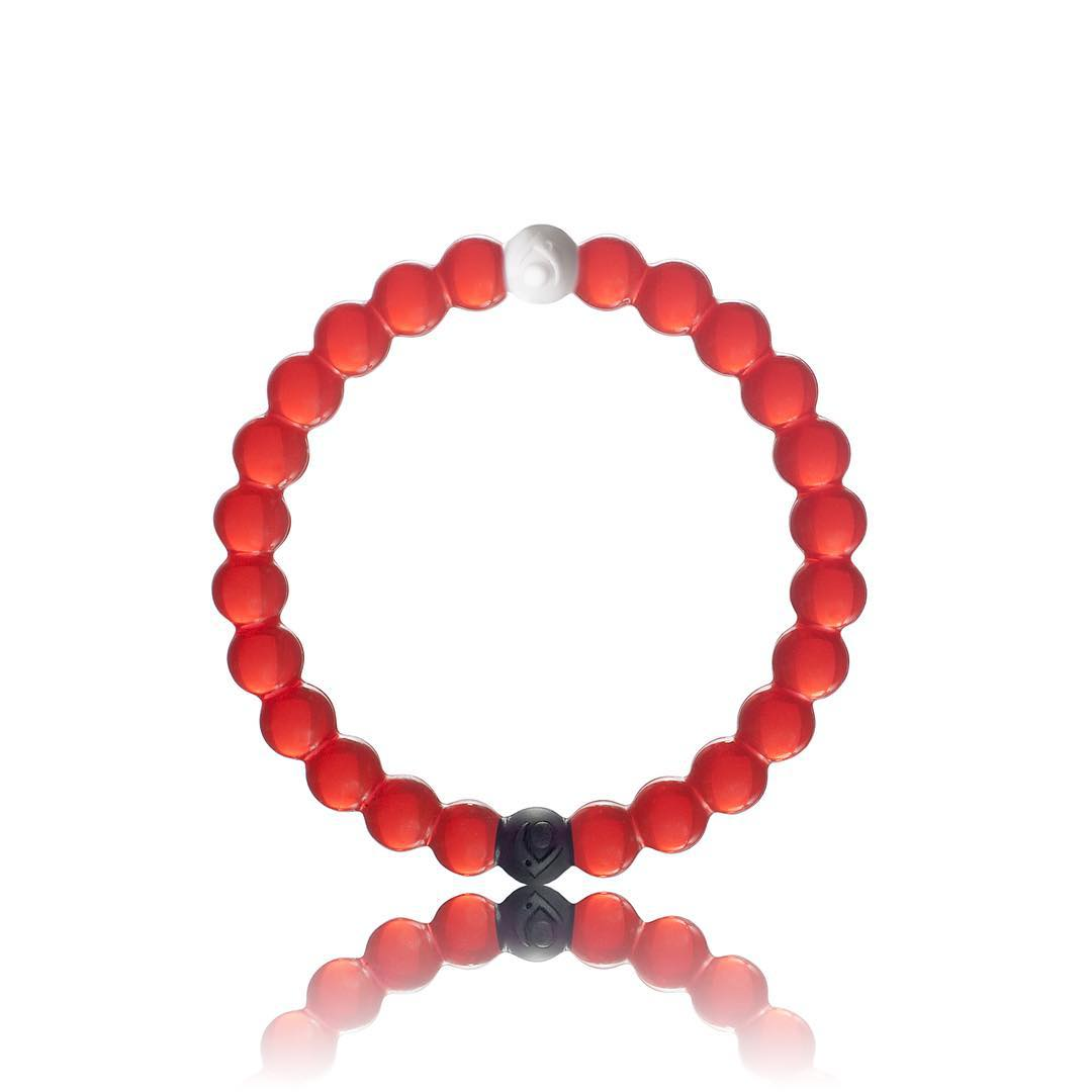 The limited-edition red lokai is now available for individual purchase! Check out the link in our bio and help support a great cause @savethechildren #livelokai