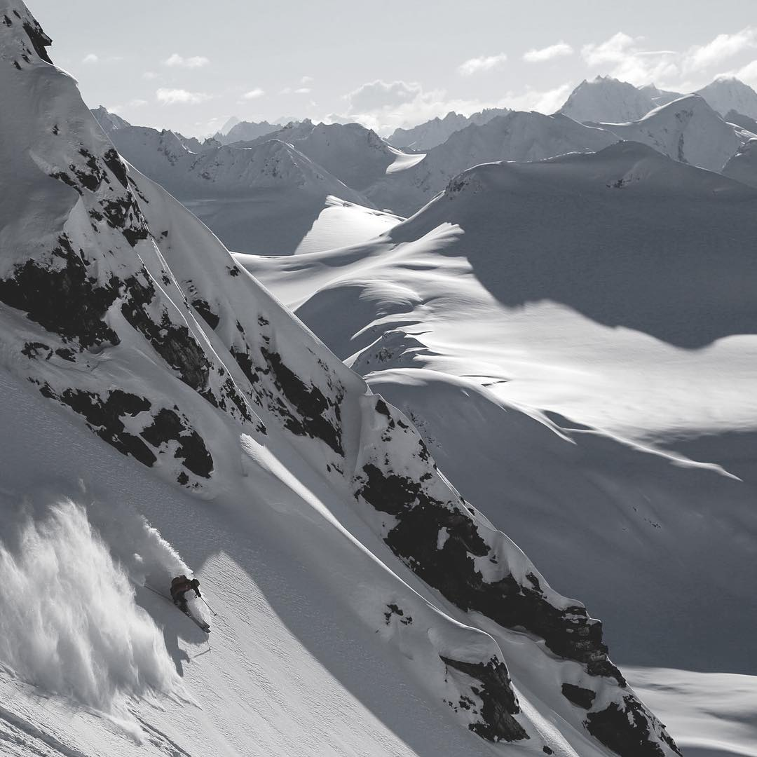 Lost in the landscape, found in the moment // #powder #plantyoursoul