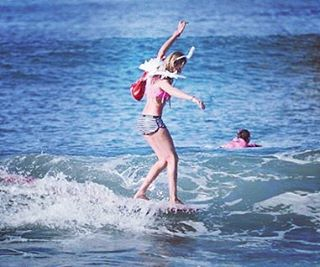 #akelasurf Ambassador @amelie____v #california #ladyslider #california #surfswimwear