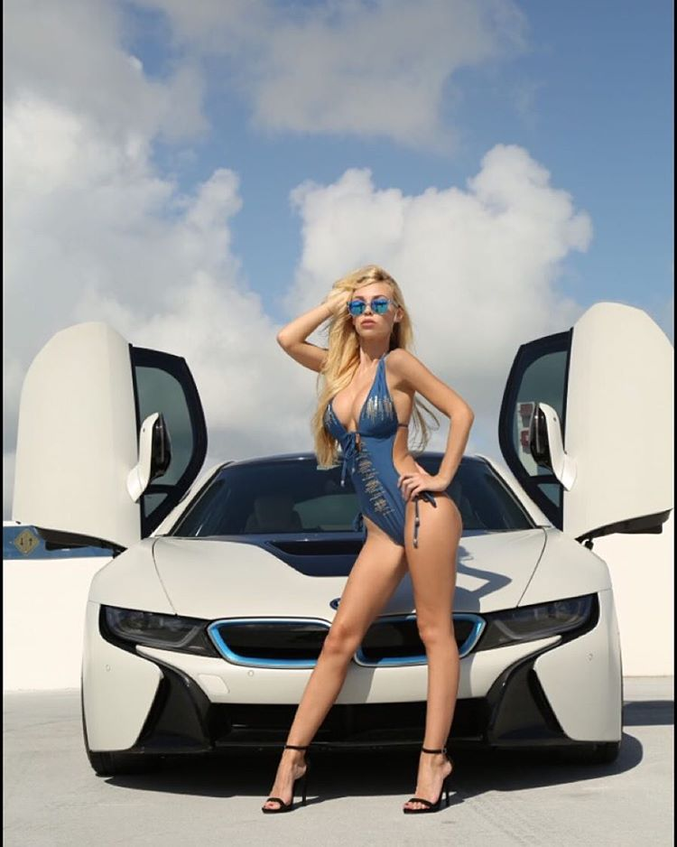 Our good friend Tra'shell (@tra_shell) wearing the clear Big Riskys w/ Tahoe blue polarized lens during her @bmw photoshoot.  Photo// @eddie_dante  #hovenvision #whatsyourvision #treats #bmwi8 #suicidedoors