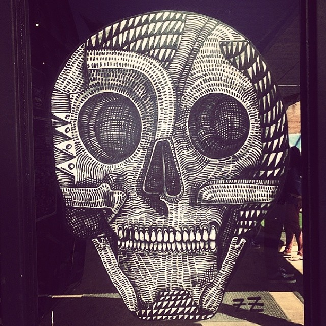 Arte de @zioziegler en #sxsw #houseofvans Austin!