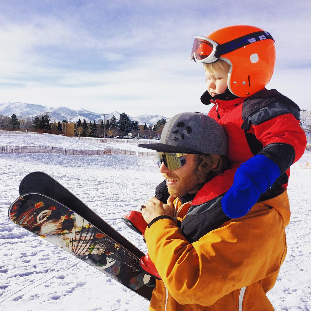 Panda Poles... It's a family affair... Mozes Montana and TanSnowMan get after it just a few a few days ago in Pocatello!  Panda Face Wool Flatbrim available only at PandaPoles.com/collections/swag!  Photo: @mophofomo  #PandaPoles #PandaTribe