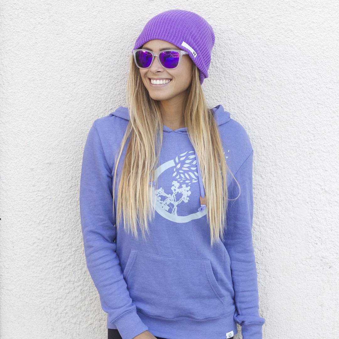 It's #BeanieSeason! And it's always sunglasses season. Grab your shades & beanies--they make the perfect Christmas gift! @izzyisup sporting the Lilac beanie & Fiji shades. #Kameleonz #lifesabeach #enjoytheride #beanie #sunnies #Christmas #kzbeanie
