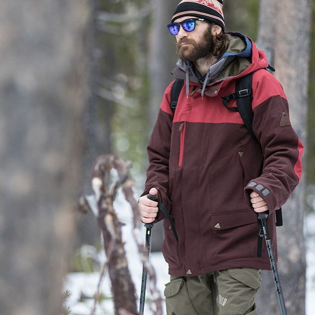 A nice walk through the woods. #GetOutside #Splitboard | Caravan Jacket and Trooper Pant. #MindfullyManufactured