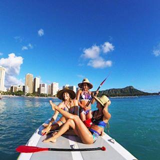 ❤️Waikiki beach days with these three #ROXYsurf