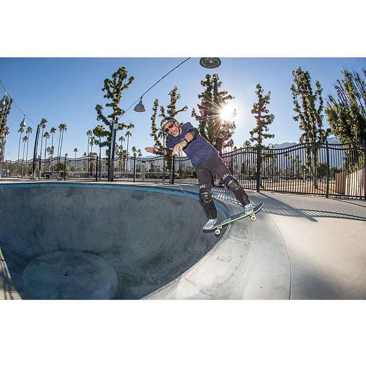 @eddieelguera 's @elgatoclassic happening this weekend at the @palmsprings_skatepark . Boardslide