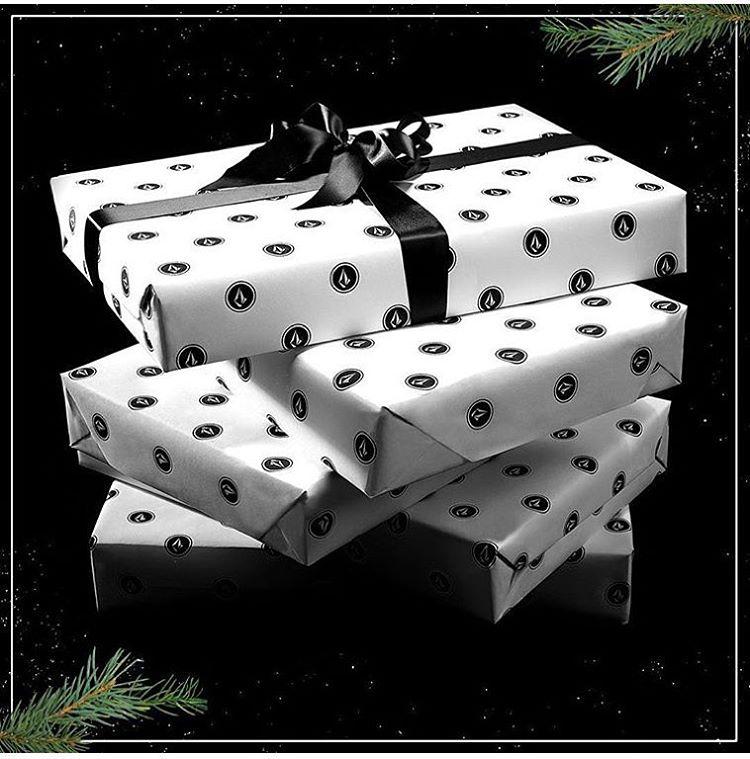 Si estás pensando en los regalos de Navidad, date una vuelta por #volcomstore Recoleta, que con tu compra tenes un 20% de descuento en la siguiente. Rodríguez Peña 1146, casi esquina Av. Santa Fe.