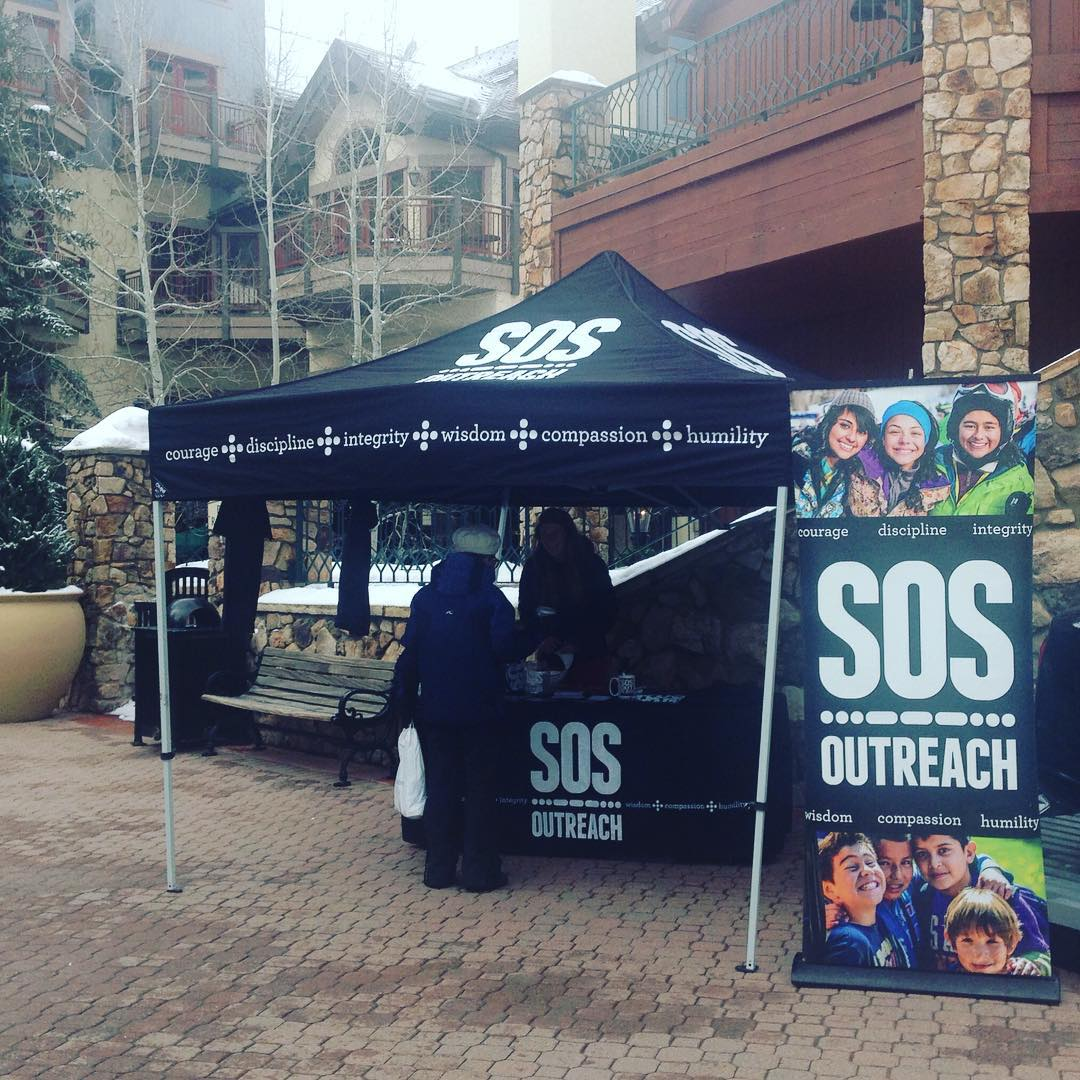 Come share some high 5's at @sosoutreach tent at the base of chair 6 in @beavercreek! #spreadthelove