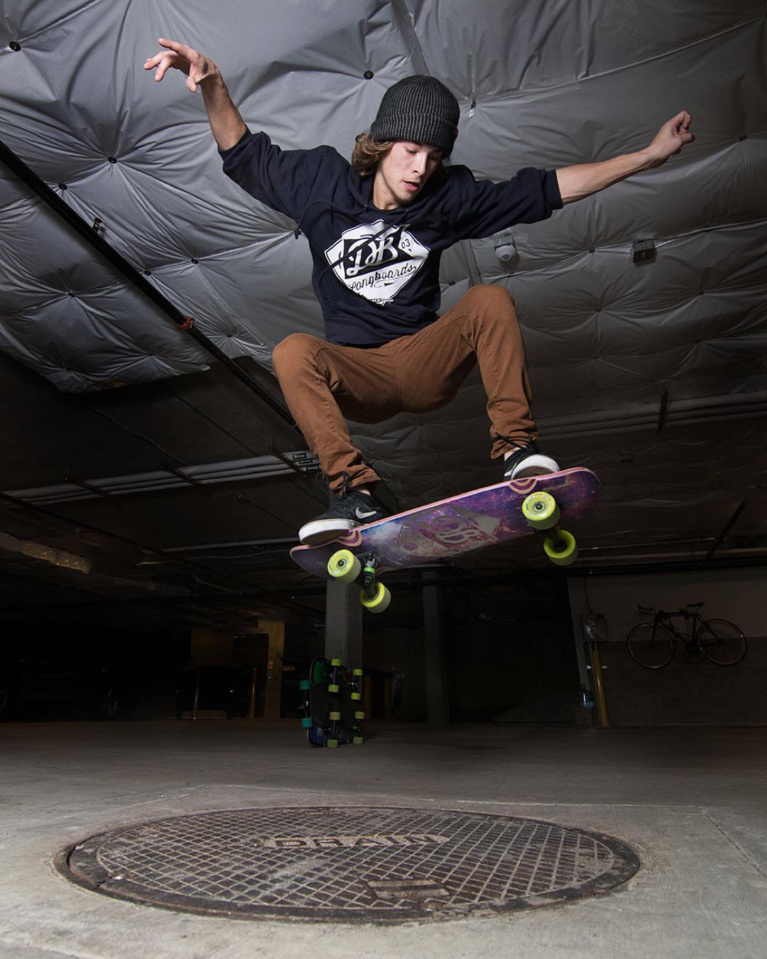 Parking garage session with @devdot23 on the Space Mini Cruiser!