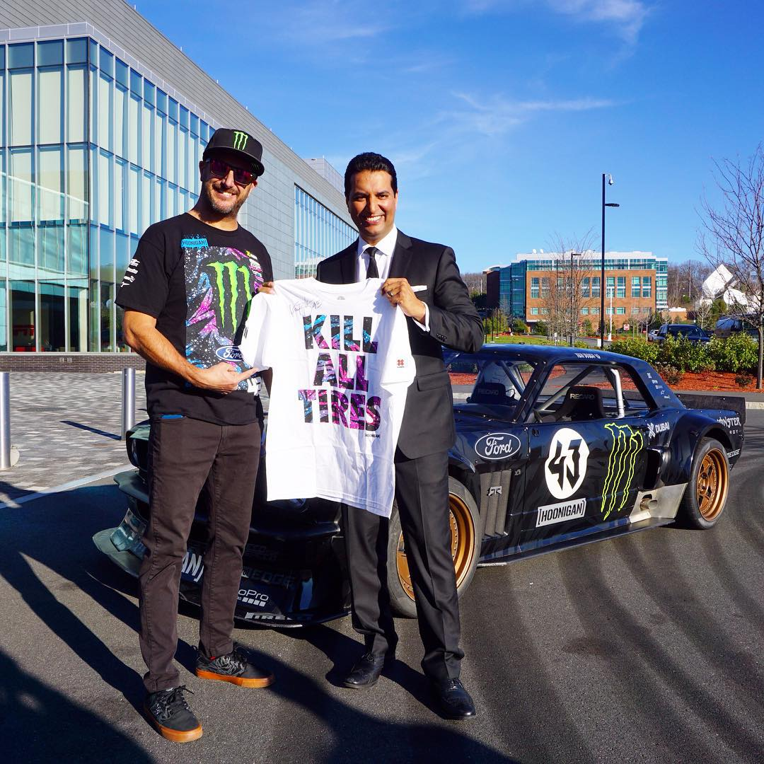@knegandhiespn may have become the first ever to wear a (non race) suit in the Hoonicorn today while shredding around the SportCenter campus but @kblock43 got him set up properly! #killalltires