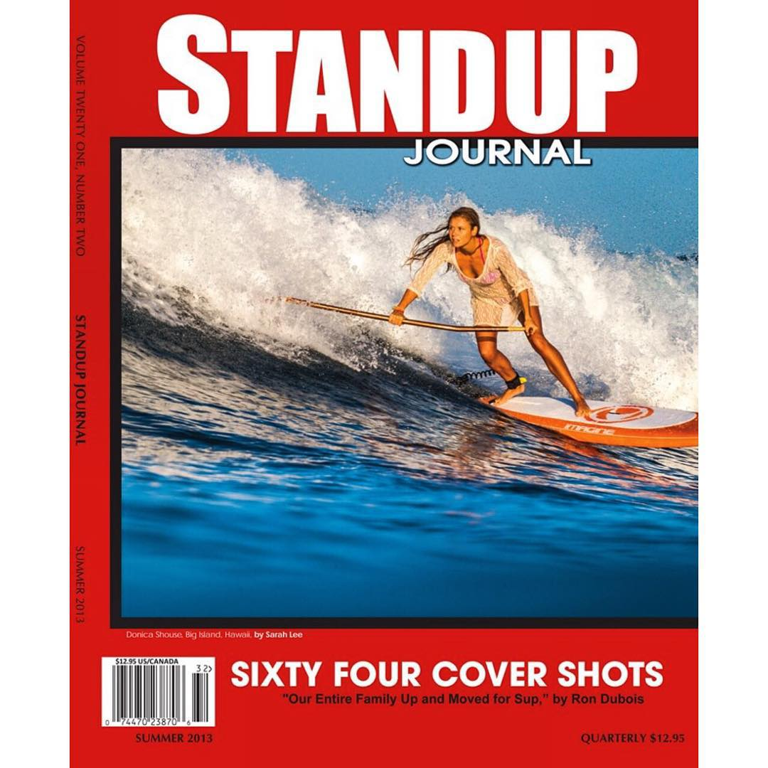 Waiting for big swell to hug Big Island, went for a visual surf @standupjournal #sundayfunday #findthestoke @swellliving gracing the cover in style. #sarahleephoto #standupjournal #imaginesurf #odinasurf #dakine #itakebioastin #rareform #kaenon...