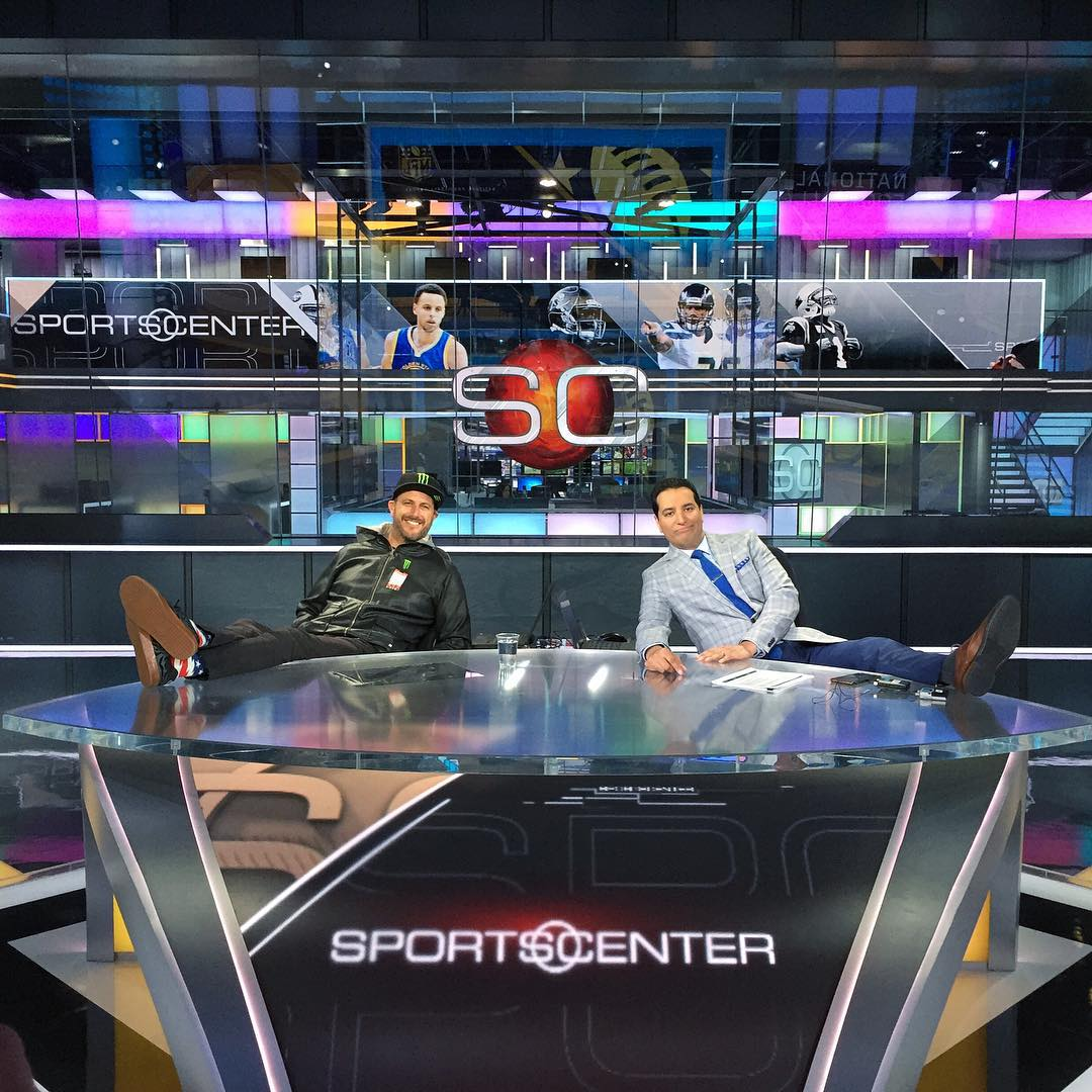 No big deal, just snuck into ESPN's SportsCenter set and lounged around with @KNegandhiESPN prior to the start of the 9 AM broadcast. Definitely a pretty impressive workplace, although I think I prefer my job's chair (in the racecar). But this chair...