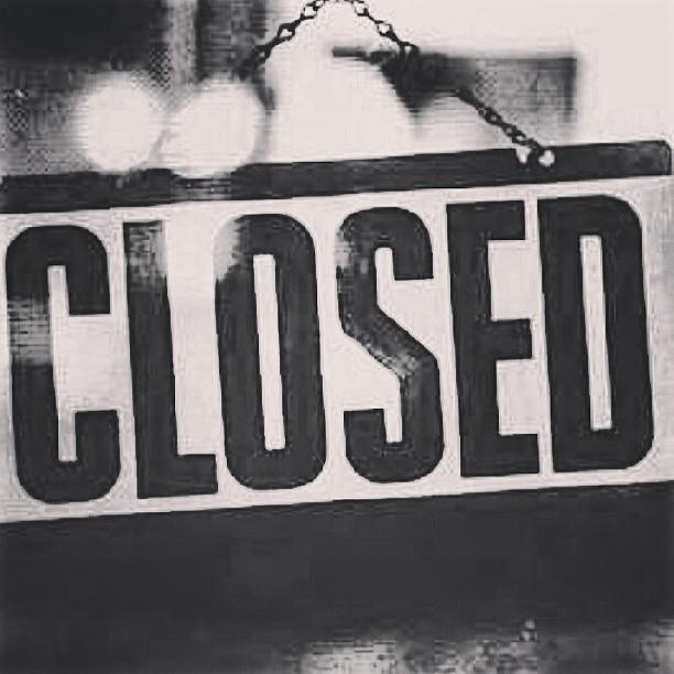 hoy y mañana cerrado. nos vemos el miercoles. enjoy life!