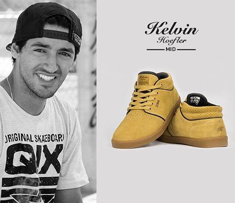 O modelo do skatista profissional @kelvinhoefler agora também na versão MID. Disponível nas lojas de todo o Brasil. #qixkelvinhoefler #QixTeam #skateboardminhavida