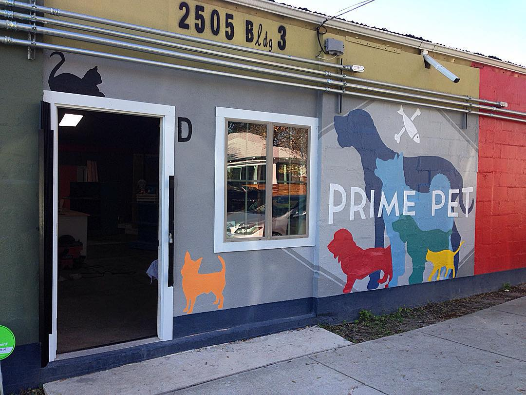 Excited to see the new @primepetaustin #primepet natural pet food store pop up on the east side. • • The doors are open for you to come in with your furry friends and check it out!  2505 E. 6th SHOP LOCAL & HEALTHY!! • • Mural by:...