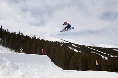 @ormerodkatie going big in training at the #DewTour! #regram #ROXYsnow