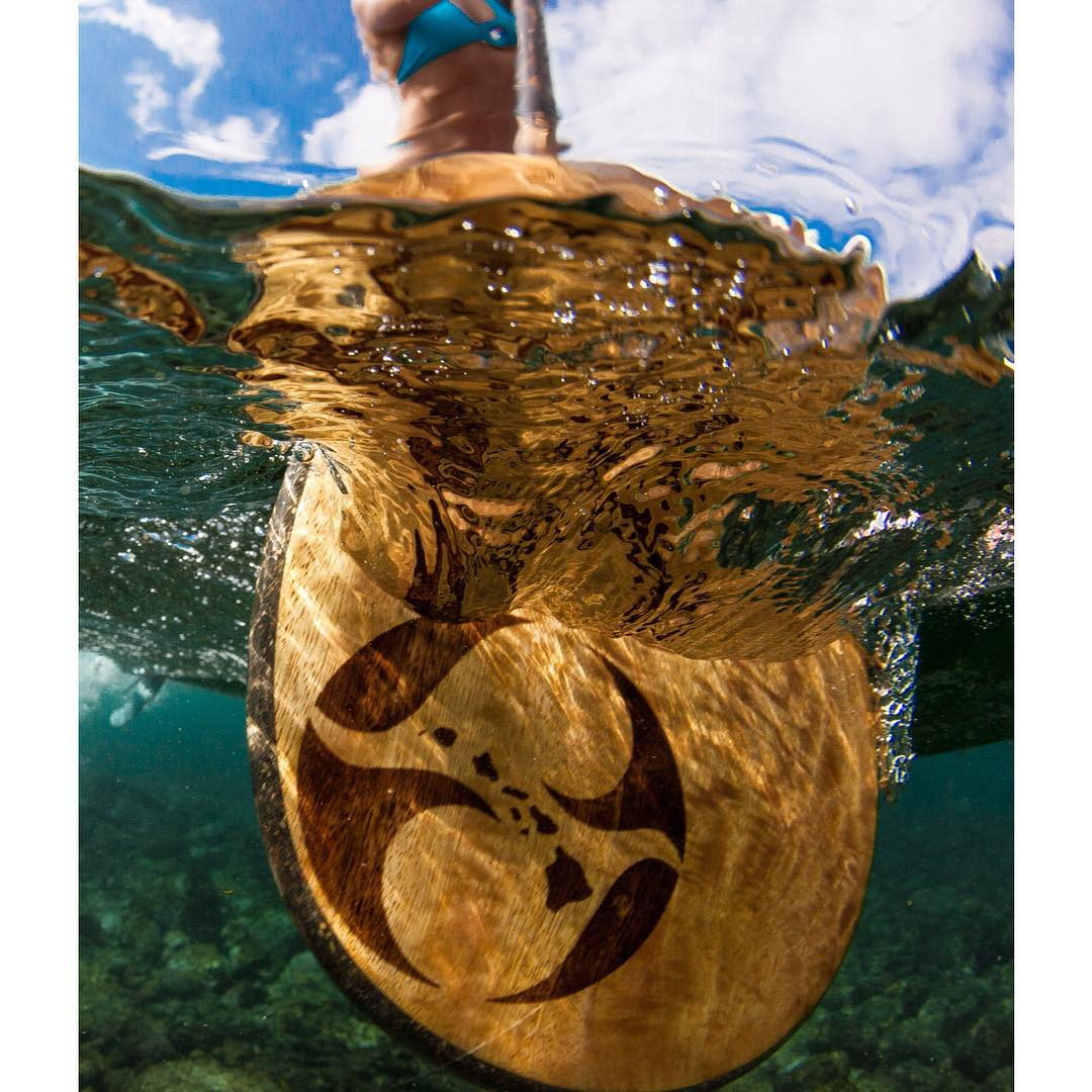 A paddle a day will keep the doctor away. #doctorsorders #prescription #bamboopaddle #paddlehawaii #imaginesurf #odinasurf #teambioastin #dkwaterhousing