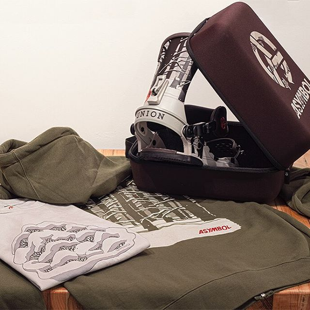 Get kitted out with the @stickfort x @unionbindingco Pillow Dreams collection.  Built to last and designed with love!  Go here to learn more...http://bit.ly/1HKVbnf  #unionbindingcompany #adamhaynes #asymbol #snowboarding