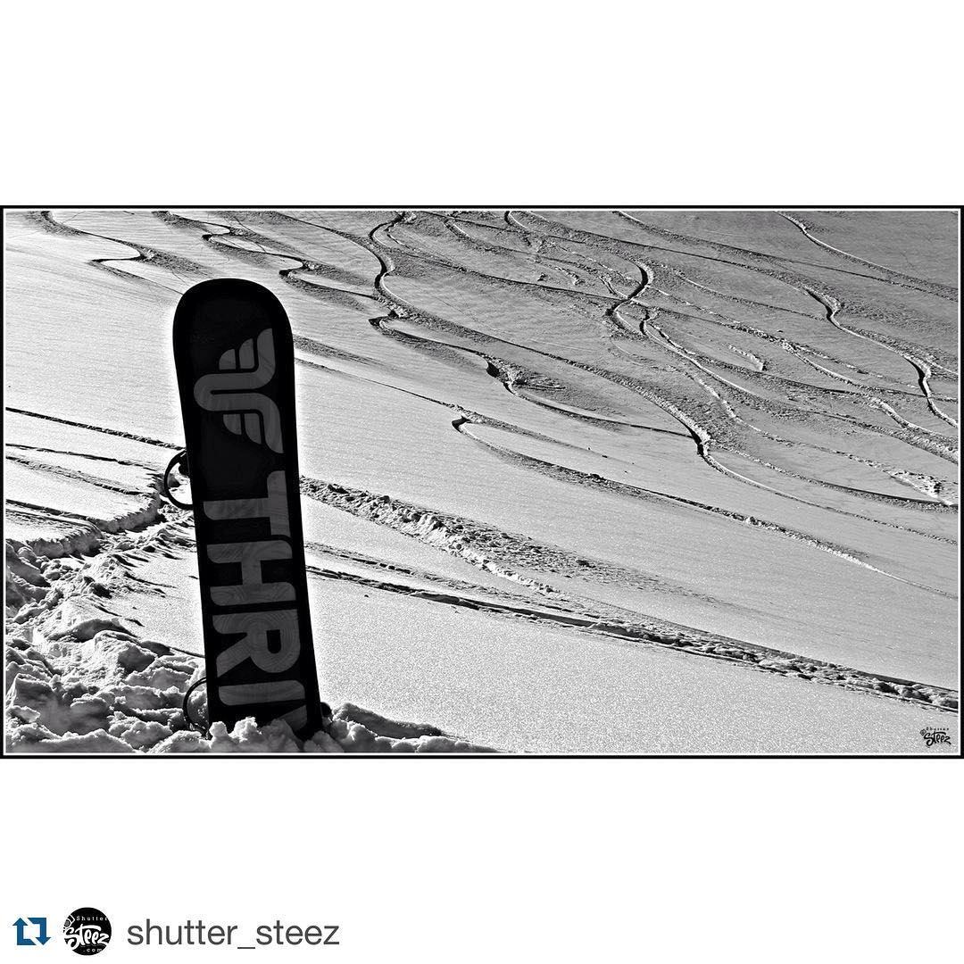 #Repost @shutter_steez #laketahoe #california #gonesnowboarding #thrivesnowboards #thriving
