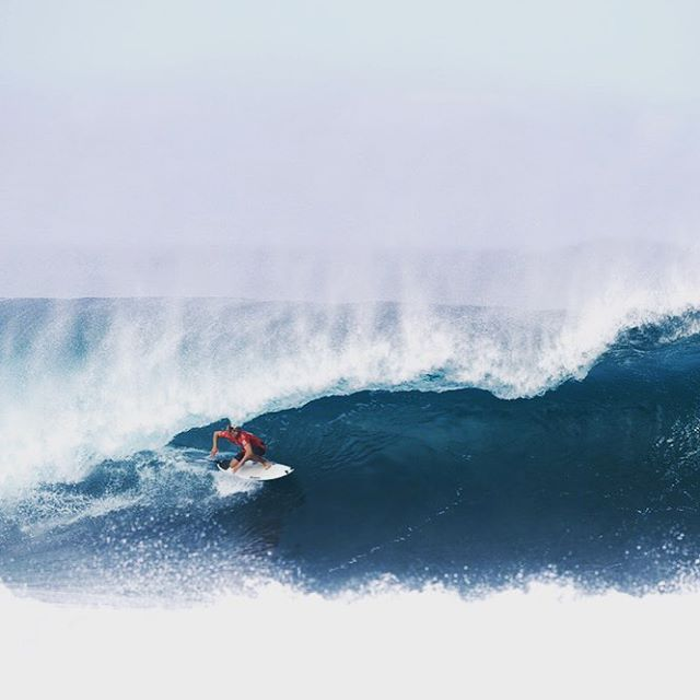 After an epic day, @jackrobinson_official is your 2015 #BillabongPipeMasters trials winner! Get ready for main event action to be kicking off tomorrow! Head to the link in our bio for a full day's recap. #lifesbetterinboardshorts