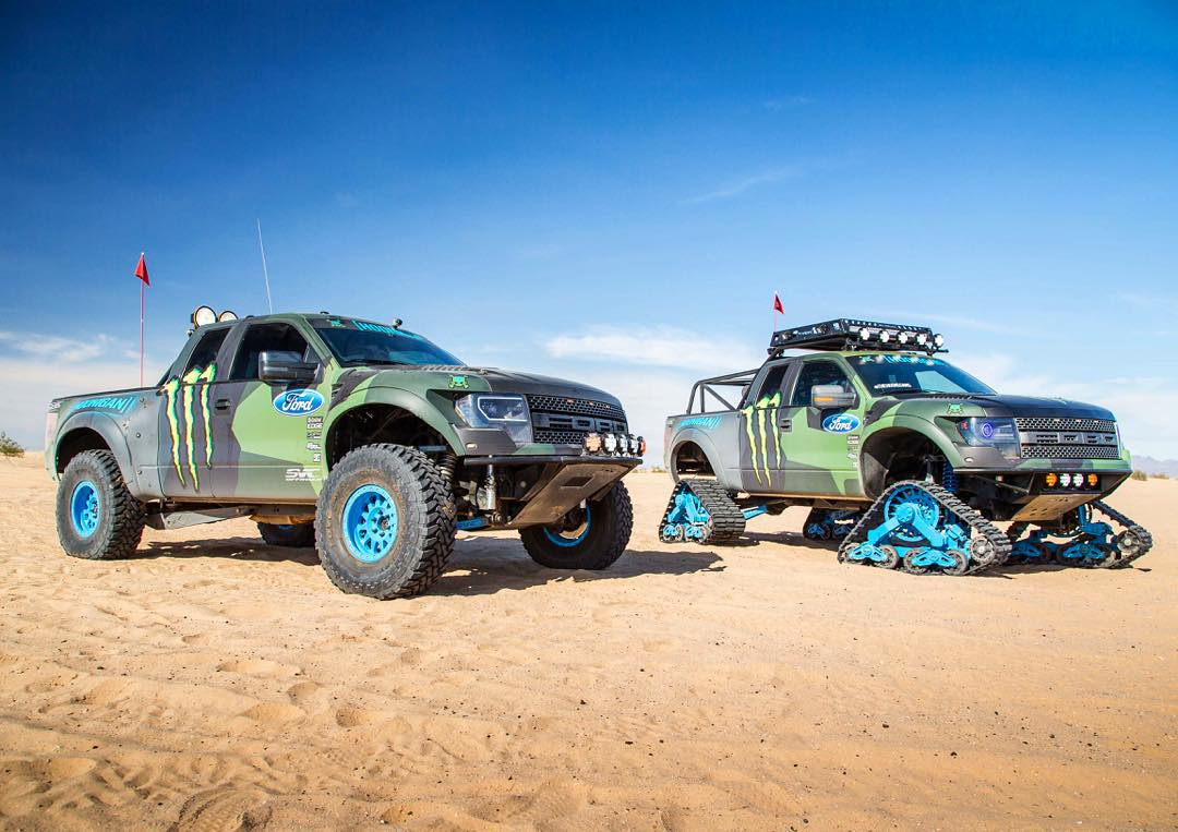 I have another fun dune-shredding vehicle out here for @MonsterEnergy's #Doonies2 filming: a fully built Ford Raptor prerunner, courtesy of @OfficialSVC. The RaptorTRAX is fun and all, but I enjoy having options for my hoonage! Ha. #duneshredders...